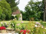 Lot et Garonne / Dordogne: holiday cottage *** character, charm, authenticity, lake for fishing, swimming.