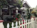 Charming Bungalow 1/2 Mile from the Beach