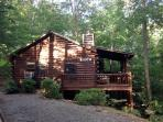 WINDCHIME*2 BEDROOM, 1 BATHROOM~SLEEPS 6~HOT TUB~WOODBURNING FIREPLACE~WASHER/DRYER~WINDOW AC~CHARCOAL GRILL~PET FRIENDLY~$99/NIGHT