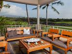Four Seasons Luxury 3BD Waiulu Villa, Upper Level, Gorgeous Decor and Views
