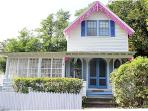 1660 - Beautiful Campground Victorian Home in Oak Bluffs