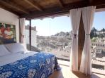 Carmen 1. Studio with terrace garden & views