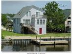 0645 Zegowitz - Charming 3 BR, 2 BA House in Colington Harbour