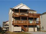 0476 Summer Fun - Fantastic Pet-Friendly 4 BR, 3.5 BA House in Nags Head