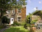 BOX TREE COTTAGE, family friendly, character holiday cottage, with a garden in Embsay, Ref 1485