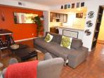 2/2 Renovated Downtown Austin Condo!