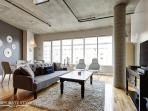 Luxury 1BDR Apt Old Montreal, Furnished, BBQ area, Pool, Sun deck
