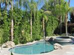 Palm Desert 3 Bedroom & 4 Bathroom House (YT744 - Palm Desert El Paseo - 3 BDRM, 3.5 BA)
