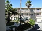 Beautiful Remodeled Condo Just steps from the Beach!