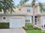 Spacious and beautiful townhome just minutes from the beach