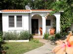 Casa Esperanza--Less than 2 blocks from the beach...