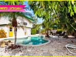 Mangoes on Magnolia: 3BR/2BA Classic Elevated Beach Home with Pool