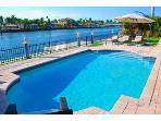SPECTACULAR 4BR WATERFRONT HTD POOL BEACH HOME!