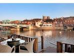 Self Catering Cottage Eton Windsor WATERFRONT