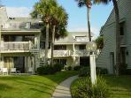 Quiet Beachfront condo, Clearwater Beach