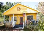 SCENIC VACATION COTTAGE IN TARPON SPRINGS