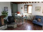 Charming apartment in a small Chianti Farmhouse