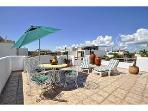 Penthouse Luna Antigua, private roof top solarium!
