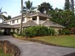 Luxury 4 BDRM Home Walk to Beach Kauai North Shore