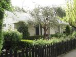 2 Bedroom Cottage just steps from the Sonoma Plaza