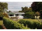 Eliza's  - Luxury Boutique Vineyard Cottage