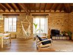 La Buhardilla_ Stunning Attic Apt. in central Vlc