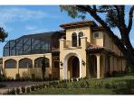 Luxury 4 beds / 5 baths in Olde Naples.