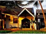 Anandhouse-2 bedroom beach-house air-con free wifi