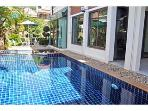 Beautiful pool villa in the center of Patong