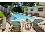 Palm on 5th Ave: Private Pool with Gourmet Kitchen