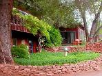 Amigos Suite-Cathedral Rock Lodge & Retreat Center
