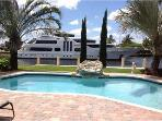 Waterfront,Luxury House,pool,Special $199/daily