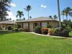 2BDRM Newly Reno Villa in Naples Glades Golf club