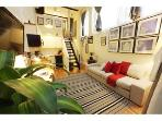 The Box House, Gorgeous Duplex Loft Suite w. Patio