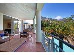Child Friendly villa & close to Camps Bay beach