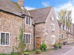 MONKS COTTAGE, woodburner, dog-friendly, WiFi, beautiful character features, Grade II listed cottage in Rode, Ref. 26191