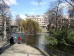 Up to 5 , Parc Monceau
