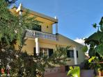 Villa with heated pool-Rural