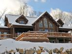 Luxury log home in Mont Tremblant
