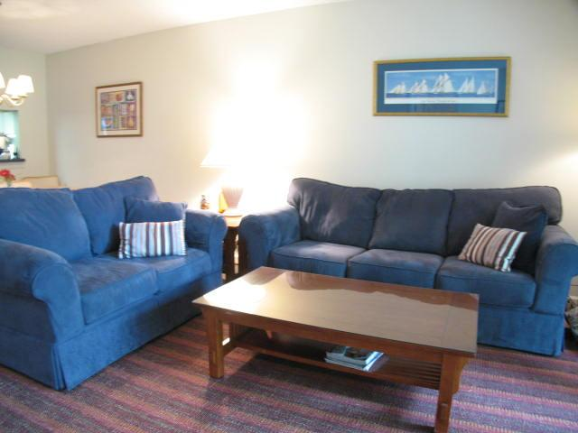 Living Area - Ocean Edge: St.  Level 2 BR, 2 Bath (sleeps 5), 2 A/C's w/pool (fees apply) - EA0115 - Brewster - rentals
