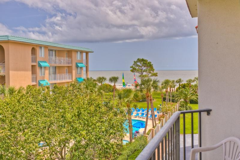 bc307-1.jpg - 2BR Oceanfront Condo at St. Simons Beach Club! Pool, Beach Access, Partial Ocean View - Saint Simons Island - rentals