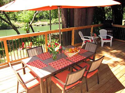 The Boat House, Russian River Getaway in Guerneville, Sonoma