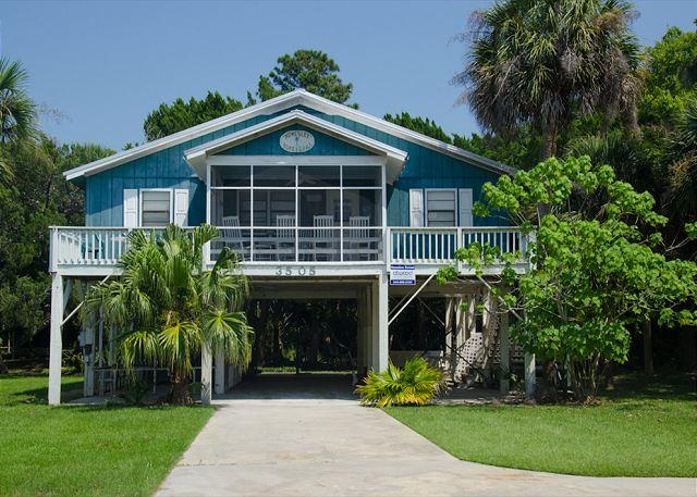 Homesley - Second Row, St. Helena Sound, Pet Friendly - Image 1 - Edisto Beach - rentals