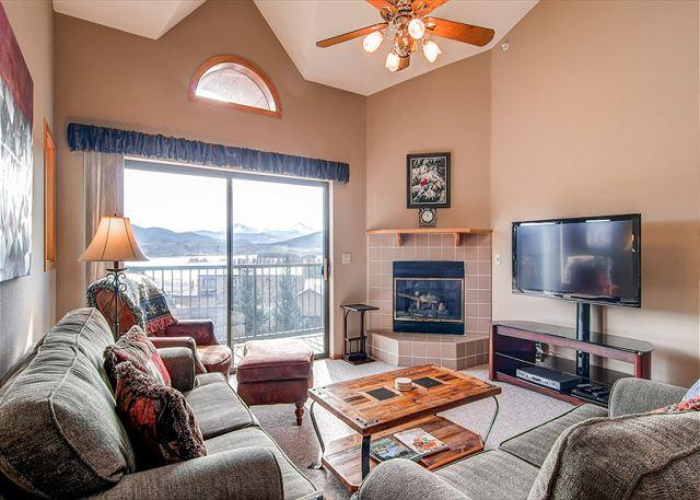 Lake Forest Condo Living Room Frisco Lodging Vacation Rentals