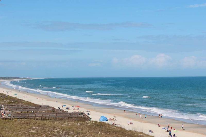 Cambridge 506 - Oceanfront - Image 1 - Pawleys Island - rentals