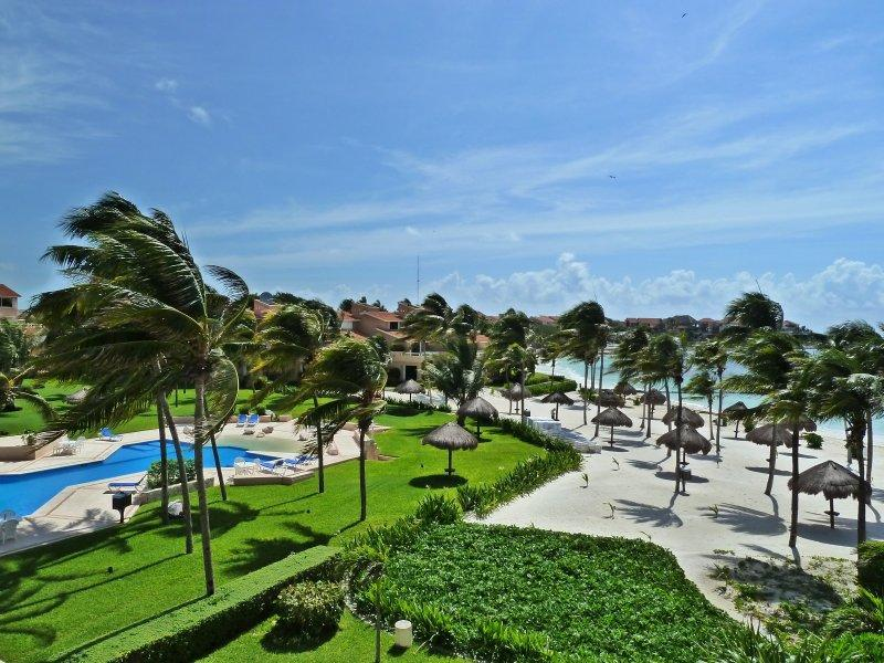 Villas del Mar 1 - Pool Strand