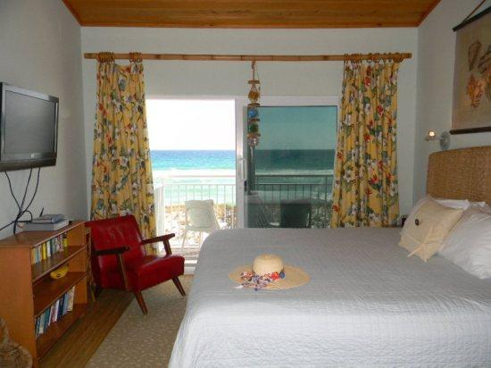 Master Bedroom with balcony view