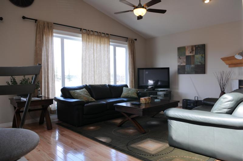 Living room with Vaulted Cei