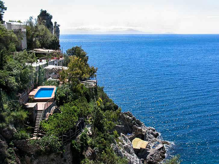 Villa Madonnina with parking, pool, platform at the sea