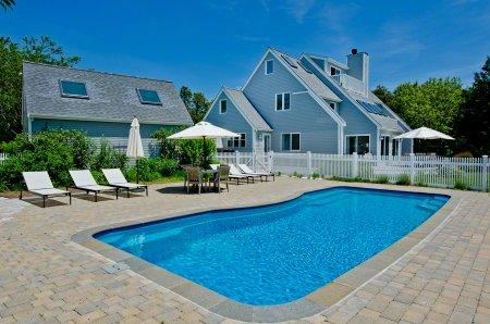 LUXURIOUS CONTEMPORARY WITH POOL AND HOT TUB NEAR SOUTH BEACH - KAT SCHU-15 - Image 1 - Edgartown - rentals